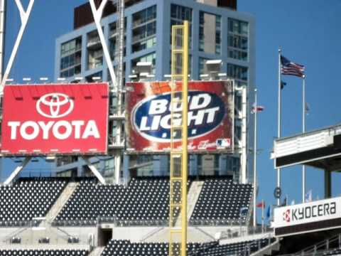 Foul Pole Shaking At Petco Park From Earthquake Video