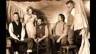 Watch Alison Krauss Sinking Stone video