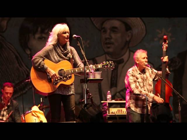 Save The Last Dance For Me - Emmylou Harris - 2014 Hardly Strictly Bluegrass