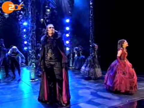 Totale Finsternis from Tanz der Vampire Sarah - Jessica Kessler von Krolock - Thomas Borchert.