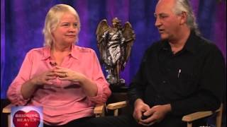 Bridging Heaven & Earth Show # 319 with Aingeal Rose O'Grady and AHONU & Art # 15 and B. Wren Videos