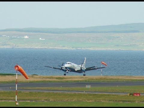 (HD) Busy session at Islay Airport (July 2013)