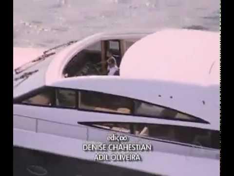 Auto Esporte  Lancha inglesa de luxo invade o mar de Angra dos Reis