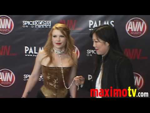 MARGARET CHO and her Slave at 2010 AVN AWARDS SHOW Las Vegas Video