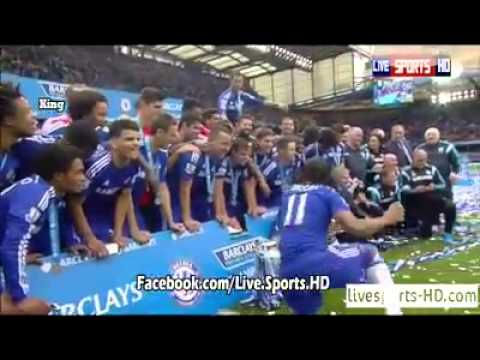 Didier Drogba celebrating PL title with a team funny Jose Mourinho Chelsea Champions