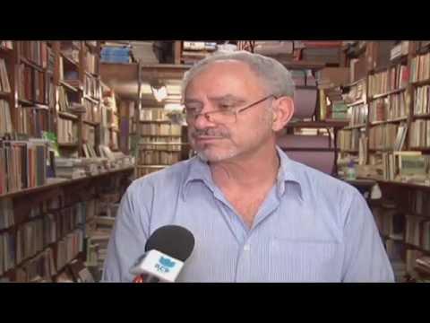 Paixão por livros usados mantém negócio familiar em BH - Jornal Futura - Canal Futura