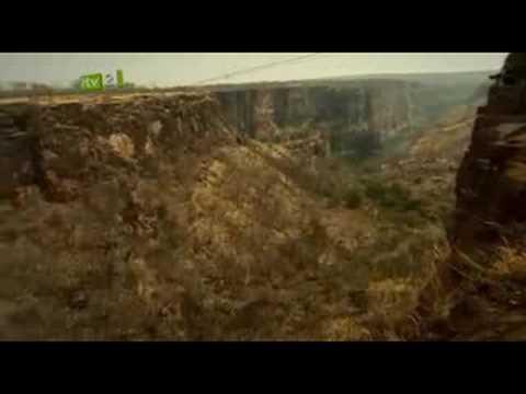 Elijah Wood - Celebrity Adrenaline Junkie 1