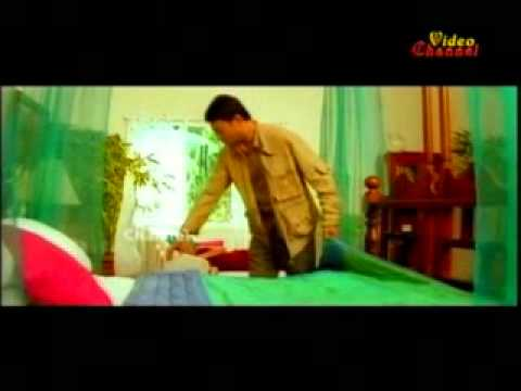 Khubsurat Hai Wo Itna Saha Nahi Jata. video