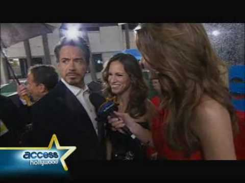 Robert Downey Jr at Golden Globes Video