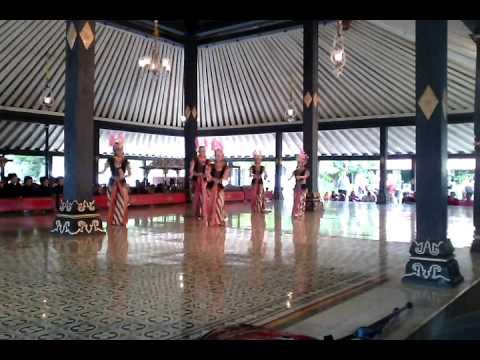 Tari Klasik Yogyakarta - Golek Ayun Ayun - 24 Nopember 2013 Di Kraton Yogyakarta video