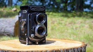 How to Load 120 Film - Medium Format Camera - Minolta Autocord