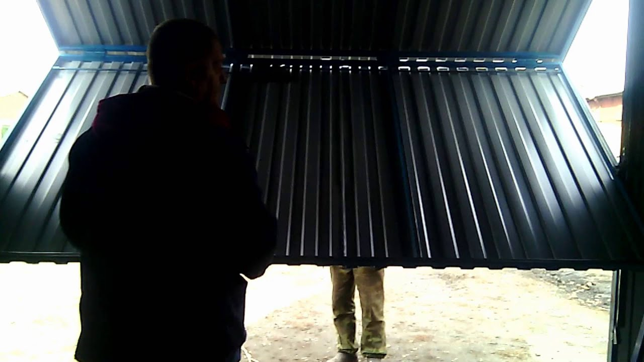 Откидные ворота для гаража своими руками чертежи: поэтапное изготовление 41