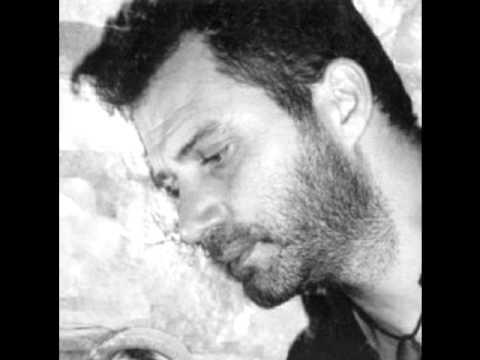 ΠΑΙΧΝΙΔΙ ΤΣΙ ΠΡΩΤΟΧΡΟΝΙΑΣ - ΜΠΙΚΑΚΗΣ live στο ΦΑΡΟ 1.1.2002