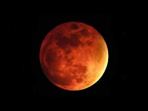 La llegada de las Cuatro Lunas Rojas de Sangre 2014 - 2015