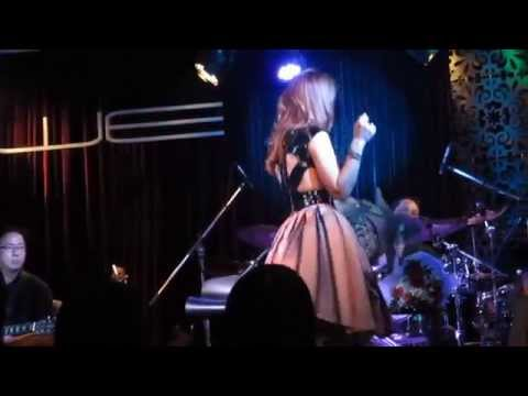 [01032014] Mỹ Tâm - Ending (live At We Lounge) video