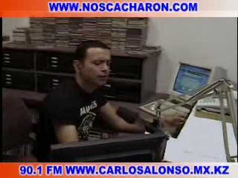EN VIVO DESDE LA CABINA DE LA ESTACION DE RADIO CARLOS ALONSO
