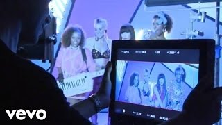 Carly Rae Jepsen - This Kiss (Behind The Scenes)