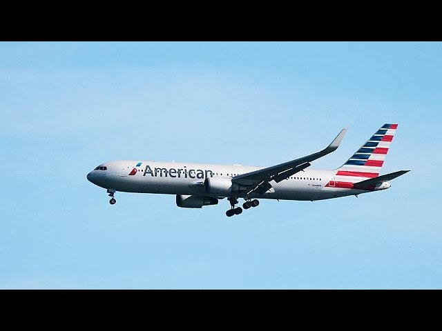 More American airlines ban hunting trophies
