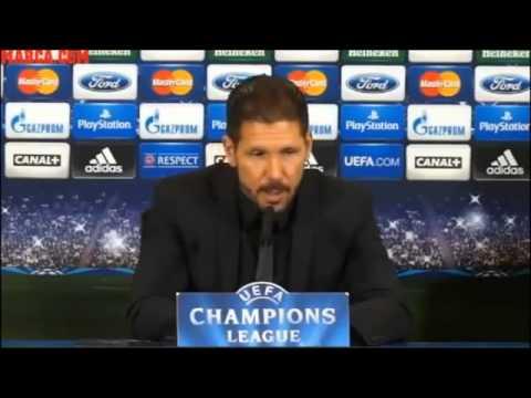 """El Cholo Simeone se hizo """"bolas"""" en plena conferencia de prensa"""