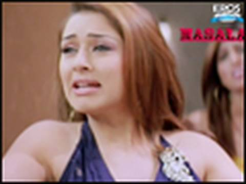 Cute Hansika Motwani overacting - Money Hai Toh Honey Hai
