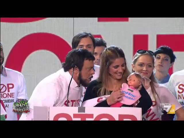 Crozza-Salvini alla manifestazione della Lega