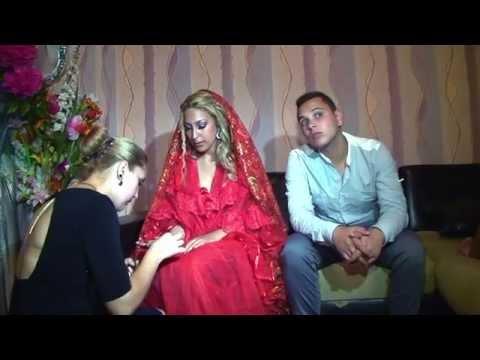 Исус и Ани-Къна  Aishwaria Rai & Madhuri Dixit-Dola...