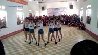Nhảy Shuffle Dance xuất sắc của các bạn học sinh cấp 2