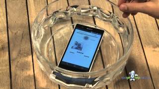 Download Sony Xperia Z Goes Underwater For Waterproof Test 3Gp Mp4