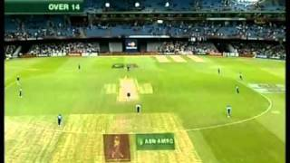 Adam Gilchrist 103 vs WORLD XI 2005