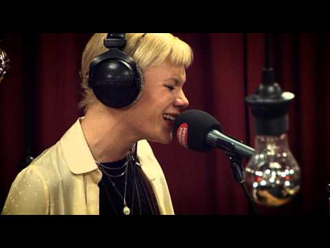 Studio Brussel: Trixie Whitley - Need your Love (live)