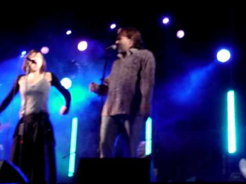 Marlango y Miguel Bosé - Shake the moon
