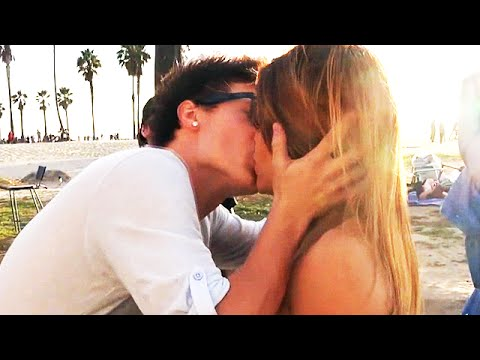*NEW* PICKING UP GIRLS PRANK! - KISSING HOT GIRLS - TOP 5 PRANKS SEXUAL EDITION 2015