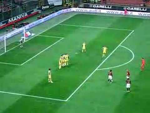 Seedorf free kick AC Milan vs. Chievo 3/3/07