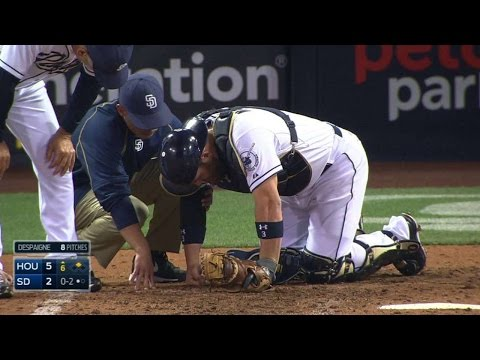 HOU@SD: Norris shaken up on a foul tip, remains in