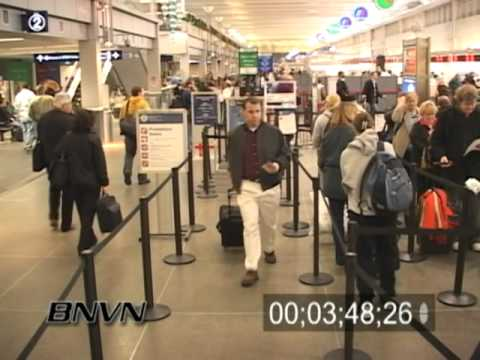 11/28/2005 Minneapolis & St. Paul Intl. Airport, Monday After Thanksgiving Video