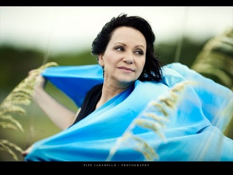 Adriana Barraza Hollywood Actress biography