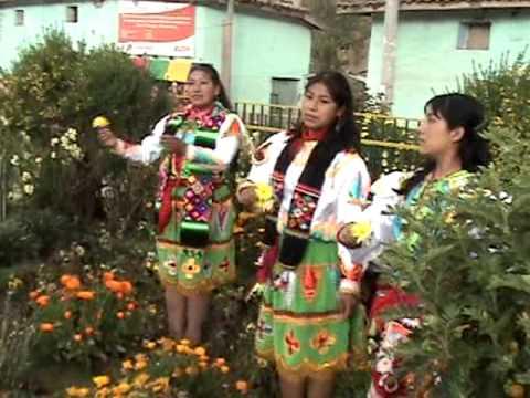 PLAZA DE HUARIBAMBA, Inconfundibles Sanguinarios, Pascuas Tayacaja