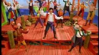 Watch Wiggles Ooh Its Captain Feathersword video