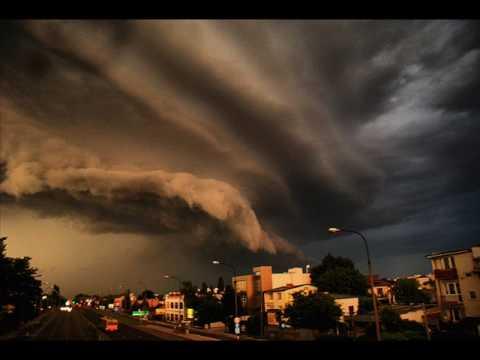 Superkomórka Nad Warszawą / Supercell Storm Over  Warsaw