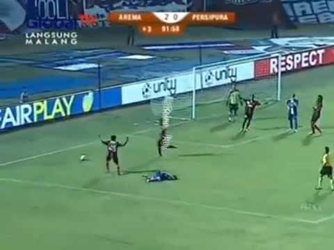 Highlights Arema Indonesia vs Persipura jayapura [3-0] 12 Oktober 2014