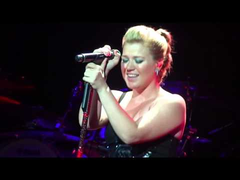 Kelly Clarkson - &quot;You And I&quot;(Lady Gaga cover) - Houston, Tx 9-7-12