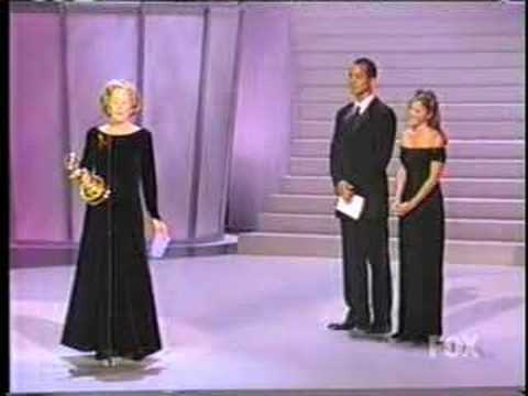 Holland Taylor - Emmy Speech GREAT Video