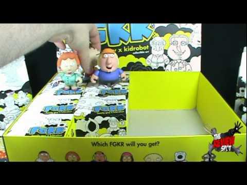 Collectible Spot - Kid RobotFGKRFamily Guy Collectible ArtCase