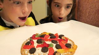 EPIC COOKIE PIZZA