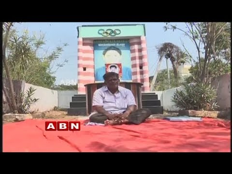 Archery coach Cherukuri Satyanarayana demands Jyothi Surekha's apology