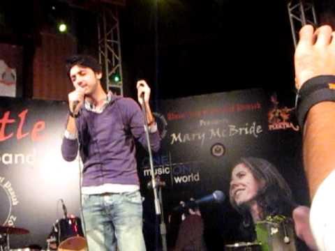 Tujhse Naraz Nahin - Amanat Ali in UCP