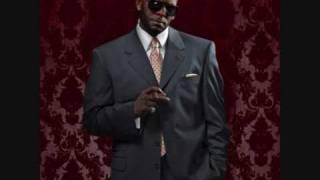 Watch R Kelly Speakin My Language video