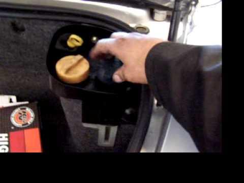 Porsche Boxster 2.7 Spark Plug access and coolant bleeding