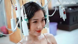 Thay đổi hoàn toàn với dáng sóng nước. MC Thanh Huyền .