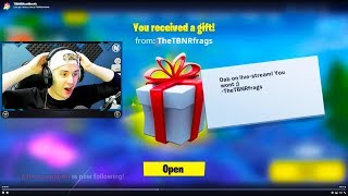 GIFTING SKINS TO FORTNITE STREAMERS!